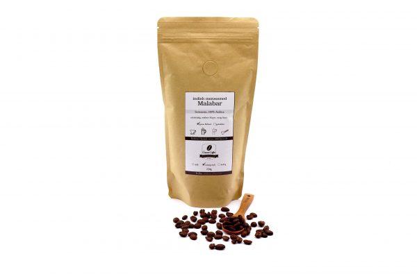 Kaffee indish monsooned Malabar ganz